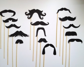 15 Must-Have Mustache Photo Booth Props