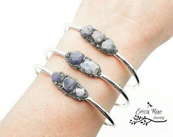 Raw sapphire stone and crushed pyrite bangle bracelet, silver bangle,  rough sapphire gemstones, raw jewelry, boho jewelry,  birthstone