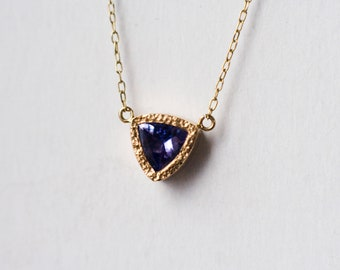 Tanzanite Necklace,  Gold Necklace, 14k Gold Necklace, Trillion, Heart Necklace, Gift For Mom, Mother's Necklace