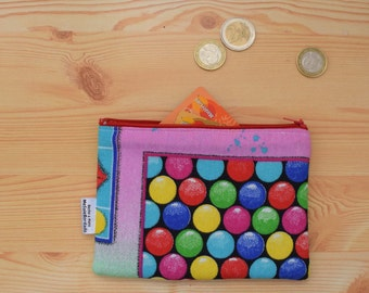 Coin purse,candy crush purse,candy crush print,pink coin purse,zippered coin purse,zippered bag,fabric pouch,zipper pouch,quilted bag