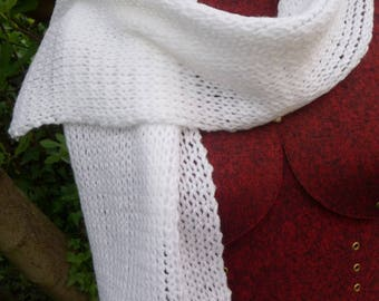 Scarf lightweight white and lace