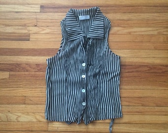 Vintage Camille Claudel Black and White Button Up Sleeveless 90's Top