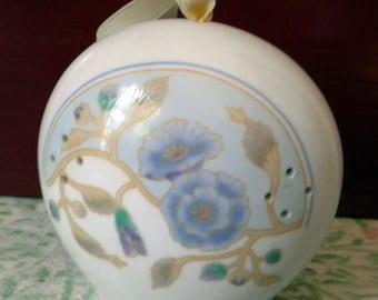 Vintage ceramic pomander by Takahashi of San Francisco and Japan