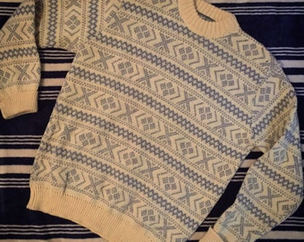 Vintage Cream and Blue Patterned Sweater
