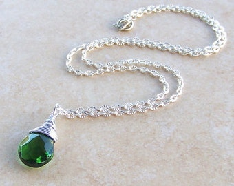 Green Faceted Crystal Briolette Pear Silver Wire Wrapped Teardrop Pendant Necklace