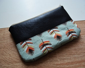 Cosmetic case / Makeup bag fabric feathers
