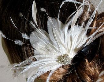 Bridal feather jewel hair clip - wedding feather fascinator - wedding hair clip