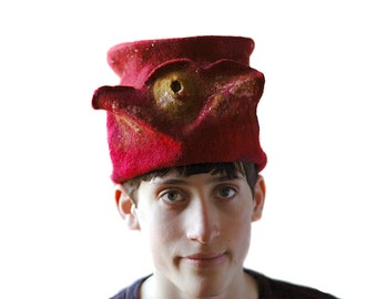 Felted Top Hat Golden Snitch Hat Garnet Red Hat Gryffindor Color Harry Potter Topper Unisex Small Sized Hat Hogwarts Costume