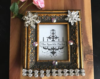 Mini vintage jewelry picture frame