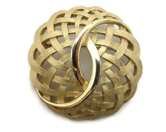 Trifari Brooch - Vintage Gold Tone Open Weave Costume Jewelry