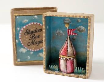 Shadow box   Shadow box Magic   Matchbox  art   Diorama   Circus   5.5 cm x 7.5 cm   2.2'' x 2.9''