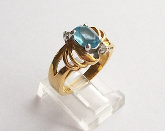 ON SALE Vintage Ring Gold Plated Ring Yellow Gold Toned Ring Faux Blue Topaz Ring Womens Rings Silver Two Toned Ring Rhinestone Ring Size 7
