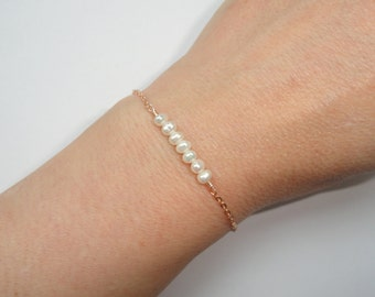 Freshwater pearl bracelet, Delicate pearl bracelet, Rose gold freshwater pearl bracelet, Pearl bracelet, Bridal jewelry