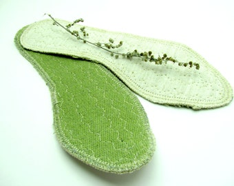 """Unique Organic Hemp Insole for Women  - """"Breathe the Nature"""" with Wormwood and Linen Handmade Patented Vegan"""