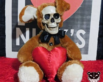 Valentines Day Plushy With Heart