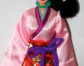 Walt Dinsey Productions Hasbro Mulan Doll with Original Outfit & Accessories