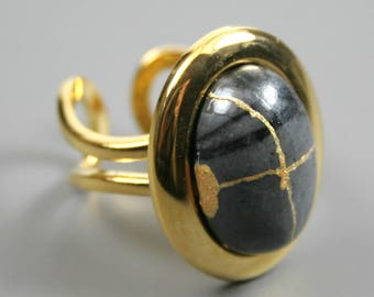 Kintsugi (kintsukuroi) stone ring with a Picasso jasper cabochon with gold repair in a gold plated setting - OOAK