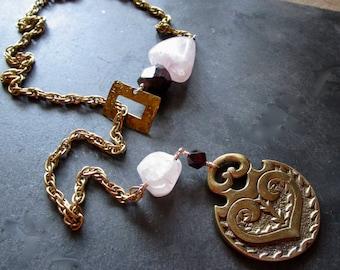 LOVE passion rocks - Vintage Brass Luxe Lariat Necklace - Rose Quartz Garnet - catROCKS - Y Necklace - Chain Gemstone - Grace and Frankie