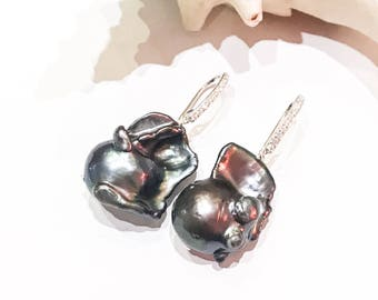 Black Baroque Pearl Earrings