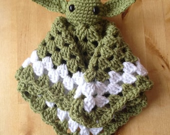 Star wars. Yoda baby blanket. blankie. Lovey. Cuddle blanket. Ready to ship!