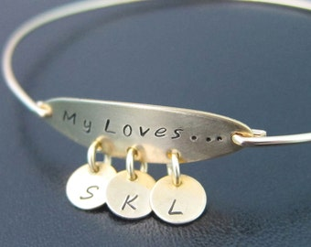 Personalized Mom Bracelet with Kids Initials, Christmas Present for Grandma, Mothers Jewelry, Mothers Bracelet, Sentimenal Gift for Grandma