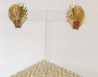 Vintage Trifari Brown Rhinestone Gold 50's Earrings
