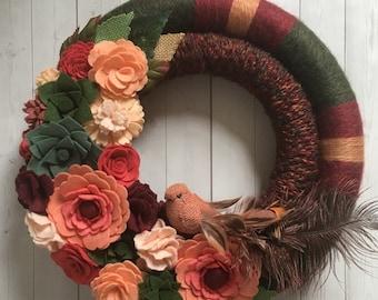 felt flower wreath, felt yarn wreath, felt succulent wreath, yarn wreath, felt flower decor , burgundy wreath, fall felt wreath, fall wreath