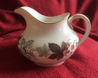 Royal Doulton Camelot Milk jug 1/2pt