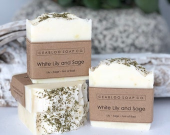 Natural White Lily and Sage Soap, Handmade vegan soap, White lily floral Soap, Gentle and moisturnizing handcfarted soap, gift idea for mom