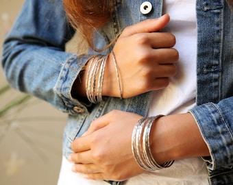 SILVER thin bangle bracelet, Thin Hammered Bracelet, Thin Bracelet,silver thin bracelet, silver bangle, minimal bracelet, simple bracelet