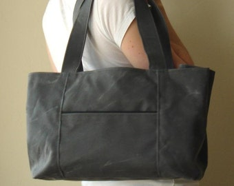 Soho Snap Tote - Waxed Canvas in Charcoal