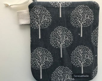 Small Tree Zip Pouch
