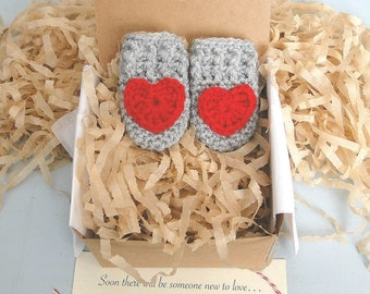 Pregnancy Announcement,  Grandparent Reveal, Gender Neutral, Mittens in a Box™, Daddy Reveal, Thumbless Baby Mittens