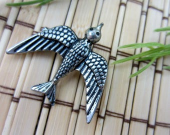 Swallow Bird Pin Bird Brooch Modern Silver Tone Metal Swallows in Flight Woodland Jewelry Steampunk Vintage FREE SHIPPING (421)