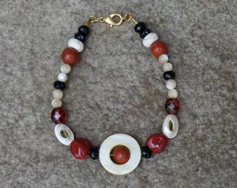 Southwest Beaded Bracelet in Earth Tones, Circle Shell Bracelet, Southwest Bracelet, Red Beaded Bracelet, Ivory Bracelet, Bohemian Bracelet