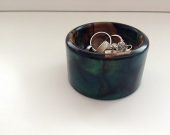 Hand Turned.....Loose Change Dish....Desk Tidy....Jewellery Pot...Turned From....Cyprus Grapevine Wood......Cast in Green and Blue Resin....