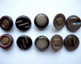 Different sets of 2 large round buttons vintage Brown plastic, the shape of pucks diameter 3 cm-3.4 cm