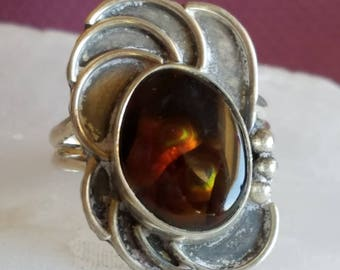 Fire Agate ring with silver setting - size 6 1/2  - 325
