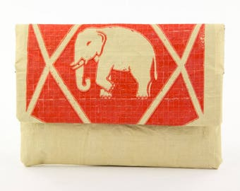 """Tobacco pouch """"Ziggy Marly"""" made of cement sack (-: Elephant beige red)"""