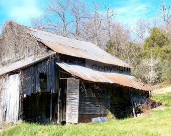Rusty Bygone BARN T22 Photograph Tennessee -  Barn Photography