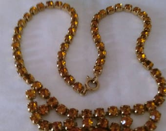 Fabulous Vintage Sparkly 1950's Amber Coloured Claw Set Diamante Necklace - Boxed.