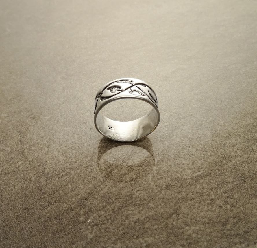 Sterling Silver Band Ring with Black engraved Tribal Leafs