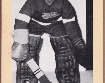 Terry Sawchuck 1944-'63 Beehive Corn Syrup Group II Photo - Detroit Red Wings