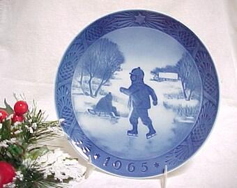 1965 Royal Copenhagen Little Skaters , Blue and White Annual Christmas Plate, Denmark Collectible Vintage Porcelain, Mid Century Home Decor