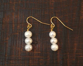 Classic Freshwater Pearl Drop Earrings