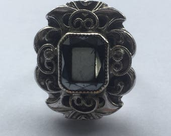 Whiting and Davis Ring with Black Stone Vintage Art