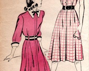 1940s Shirtwaist Dress Pattern - Vintage New York 226 - Bust 31