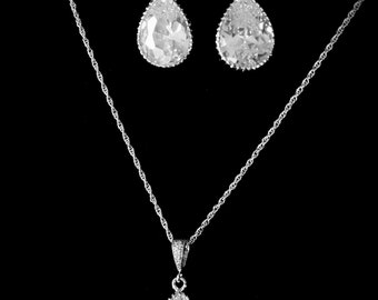 Bridal Jewelry Set Crystal Bridal Set Pear Shaped Crystal Bridesmaid Jewelry Set Crystal Pendant and Earrings Wedding Jewelry