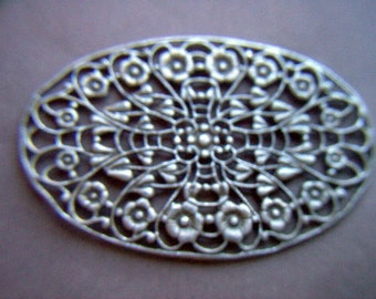 Large Vintage Gold Finish Flower Filigree Finding    # AAA 4