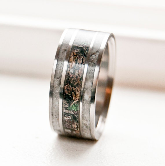 mens camo wedding band with antler staghead designs - Mens Camo Wedding Ring